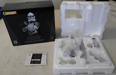 Star Wars Gentle Giant CORUSCANT CLONE TROOPER Deluxe Mini Bust Gray LE 960/2500