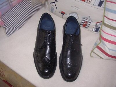 MENS  CLARKS size 9 LEATHER brogues shoes worn once