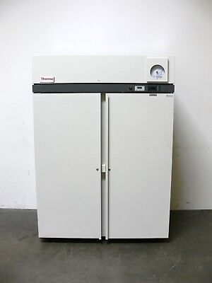 Thermo / Revco ULT5030D19  2 Door -30 ºC Laboratory Freezer 220V  50 Cubic Feet