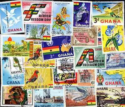 GHANA collections 25 à 300 timbres différents