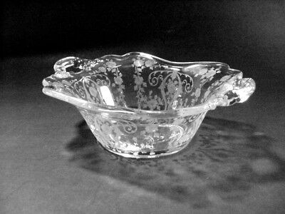 "Cambridge Glass Co ""Diane"" Etched 2-Handled Bon Bon / Candy Dish"