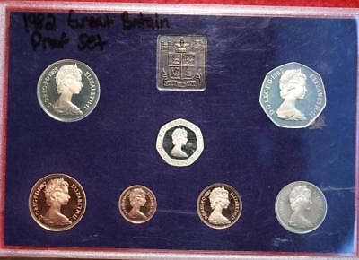 Uncirculated 1982 Great Britain Proof Set Free S/H