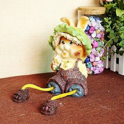 Exquisite Resin Pastoral Small Squirrel Hanging Feet Doll Statue 824110