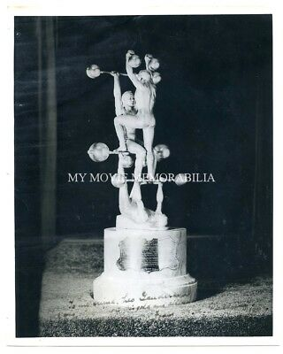 Vintage 1944 male nude photo W.A. PULLUM classic muscle STRONGMAN TROPHY SIGNED