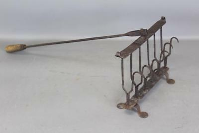 Extremely Rare 18Th C New England Wrought Iron Footed Fish Broiler  Best Form