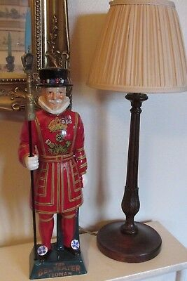 Vintage Carlton Ware Beefeater Yeoman . Perfect Condition ..