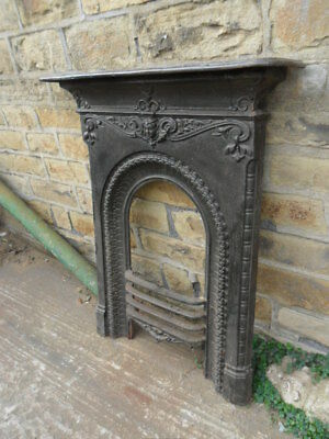 Victorian cast iron fireplace frontage antique fire surround chimney piece chip?