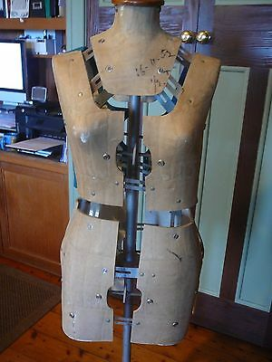 vintage dressmakers manniquin/dummy  very early circa.1940/1950 display piece