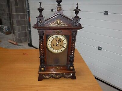 Vintage Wooden Clock 8 Day With Pendelum.