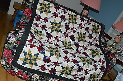 """Gorgeous Handmade Finished Quilt Called Mystery Quilt 70"""" X 68"""""""