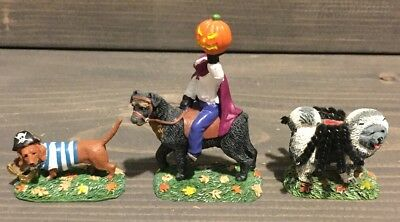 Department 56 Halloween Village Who Let The Dogs Out Mint condition