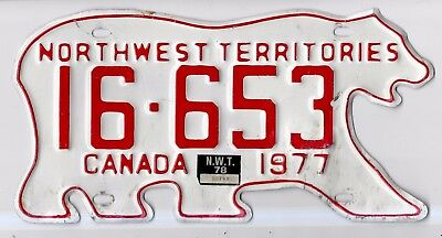 Northwest Territories  1978 Passenger Plate