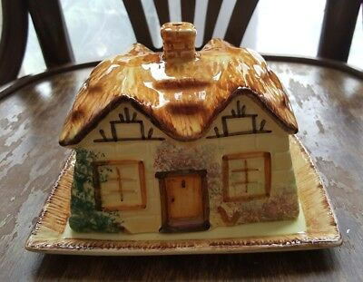 Vintage butter cheese dish cottage ware design - Paramount Pottery