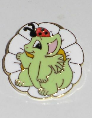 Collectible World Studio Pocket Dragon PROUD GARDENER LAPEL PIN / BUTTON * MINT