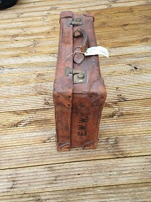 ANTIQUE BROWN LEATHER SUITCASE Early 1900s Finnigan Maker   WITH INITIALS  E.W.W