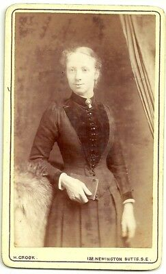 Victorian cdv photo  young lady standing Newington Butts  photographer
