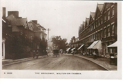 Walton On Thames The Broadway Kingsway Real Photo