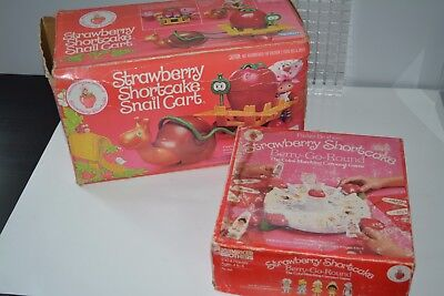 Kenner Strawberry shortcake doll Snail cart in box + Berry go Round Game Lot****