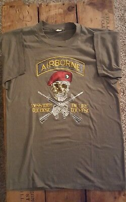 VTG 80s U.S Airborne MESS WITH THE BEST DIE LIKE THE REST SCREEN STARS T-SHIRT-S