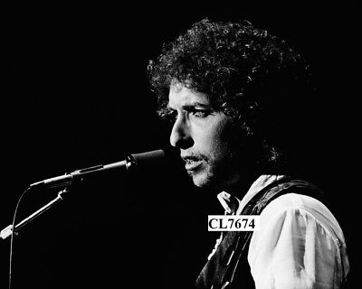 Bob Dylan Performs on Concert at the Warfield in San Francisco Photo