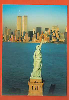 New York/ Statue of Liberty with twin towers behind it/ continental chrome pc