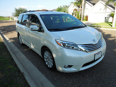 2015 Toyota Sienna LIMITED ienna 2015 Limited Leather 7 Passenger Heated seats JBL Sound