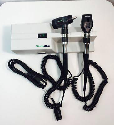 Welch Allyn 767 Otoscope Opthalmoscope Unit with Heads Macroview