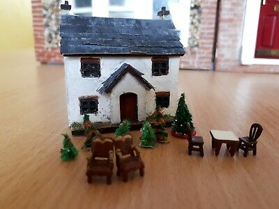 144th scale dolls house and accessories