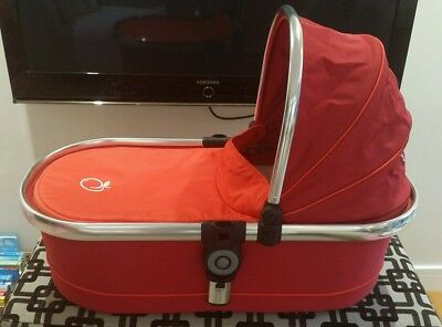 Icandy Peach main Carrycot in Tomato Red Excellent condition