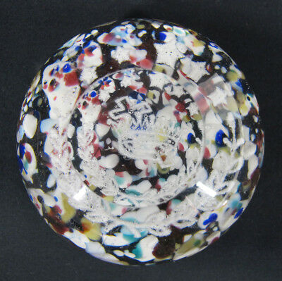 Antique White Frit Cross & Crown Motif Art Glass Multicolor Chip Paperweight yqz