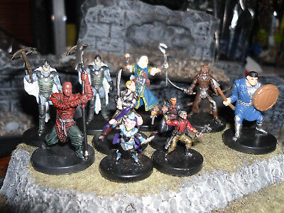 BIG LOT of Dungeons & Dragons Mini:  PLAYER CHARACTERS  (Very Nice Set -UNUSED!)