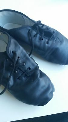 black jazz shoes