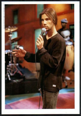 1995 Jamiroquai on stage JAPAN mag photo pinup / mini poster / clipping j01r