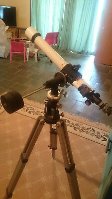Telescope Tasco Astronomical D=50mm F=600mm with eyepieces 2.5mm, 4mm + tripod