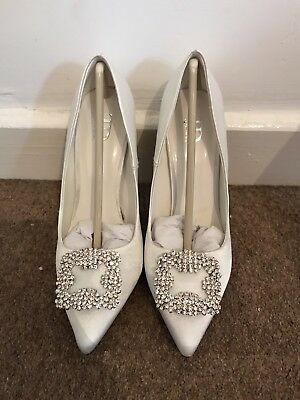 True Decadence Bridal Shoes Size 3