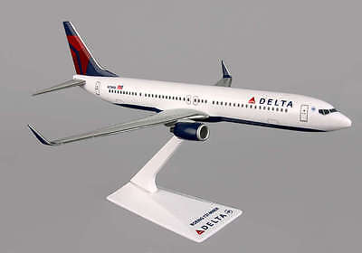 Collectables Boeing 737-900er Delta Airlines Scimitar Winglets Wood Desktop Airplane Model Airlines