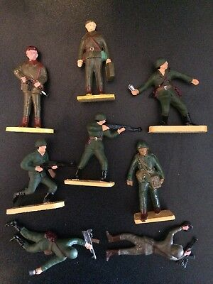 Scarce plastic figures made in Poland (B)