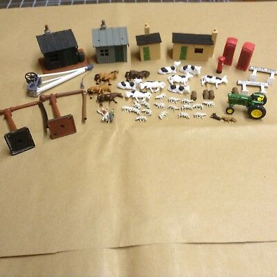Hornby 00 gauge mixed trackside buildings and accessories