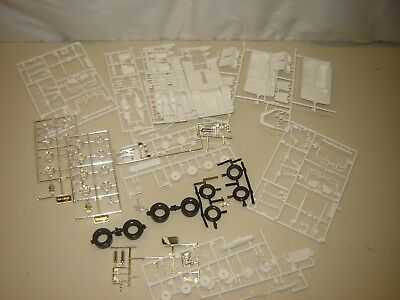 Model Kit PARTS FORD THUNDERBOLT 1/25 As Pictured
