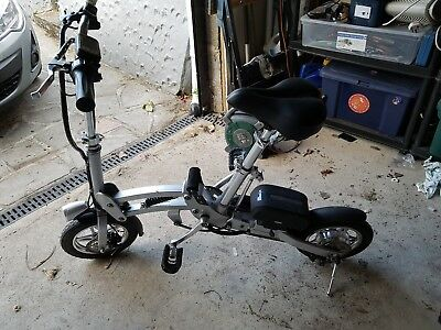 electric bike fold up in a second/ faulty battery