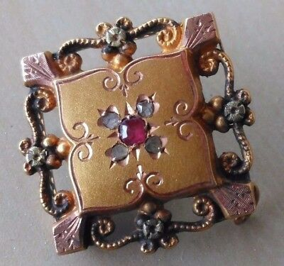 Victorian Brooch in Rose & Yellow Gold with Ruby & Diamonds/Pierced Pattern with
