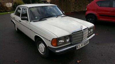 Mercedes 300 D Auto White W123 1982 Ultra Reliable