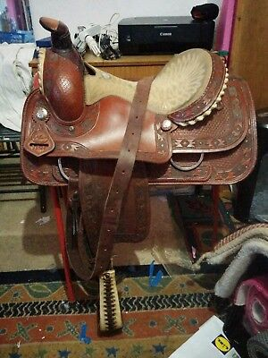 GENUINE WESTERN SADDLE - No Reserve