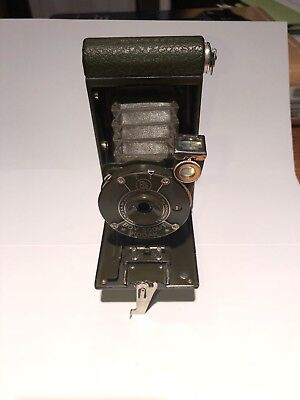 Kodak Boy Scout Camera With Original Bellows and Excelent Green Case