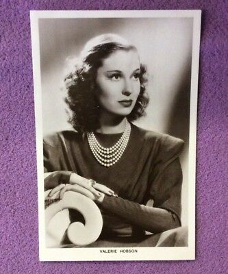 Valerie Hobson   Real Photo Picturegoer Postcard No 1350