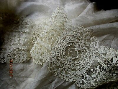 Stunning Antique Delicate Tiny Flower Scroll Scallop Fine Cotton Lace Trim
