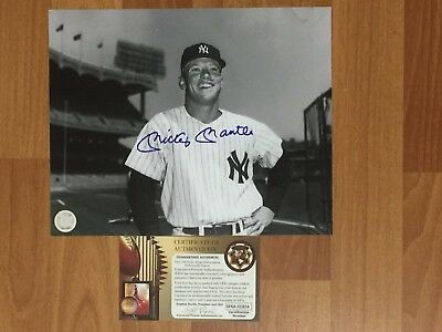 Mickey Mantle Signed 8x10 Autograph GFA