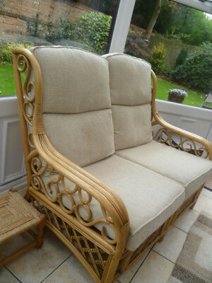 Conservatory 3 piece Suite * 2 chairs & sofa * Brampton Cambs * Priced to sell !