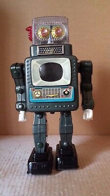 1960's VINTAGE Alps Japan TELEVISION SPACE MAN battery operated tin toy robot tv