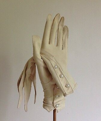 Perrins 1920s Ivory Vintage Court Suede Three Button Evening Glove Size 6.5 XS